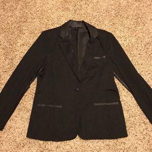 Mossimo black blazer w/faux leather Size XL